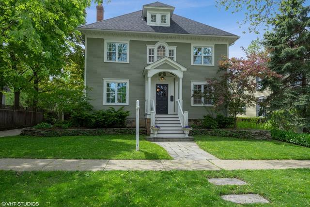 616 S Grove Avenue, Barrington, IL 60010 (MLS #10387968) :: Ryan Dallas Real Estate