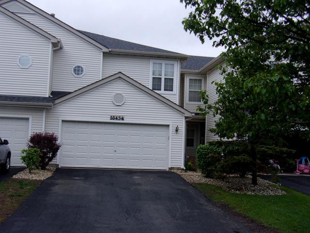 16434 Newcastle Way, Lockport, IL 60441 (MLS #10387993) :: Berkshire Hathaway HomeServices Snyder Real Estate