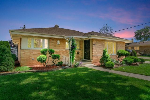 10616 Wakefield Street, Westchester, IL 60154 (MLS #10388195) :: The Jacobs Group