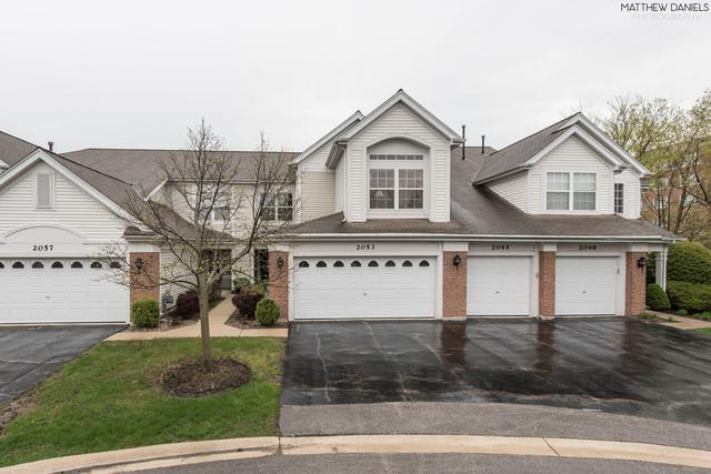 2053 Cambria Court 10-2, Northbrook, IL 60062 (MLS #10388271) :: Berkshire Hathaway HomeServices Snyder Real Estate