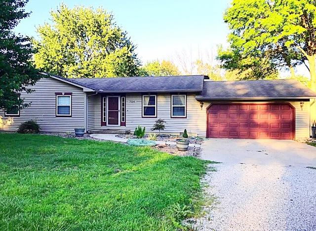 704 Hilltop Court, Mahomet, IL 61853 (MLS #10388383) :: Berkshire Hathaway HomeServices Snyder Real Estate