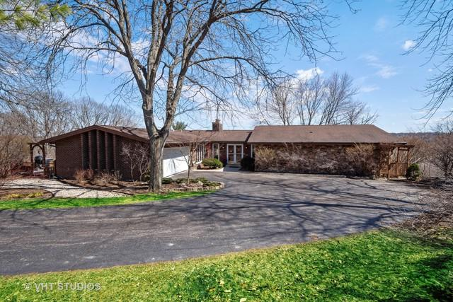 578 W Signal Hill Road, North Barrington, IL 60010 (MLS #10388545) :: Berkshire Hathaway HomeServices Snyder Real Estate