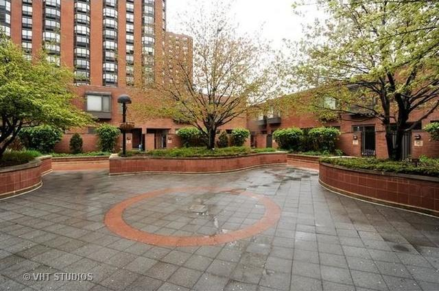 801 S Plymouth Court #107, Chicago, IL 60605 (MLS #10388594) :: The Mattz Mega Group
