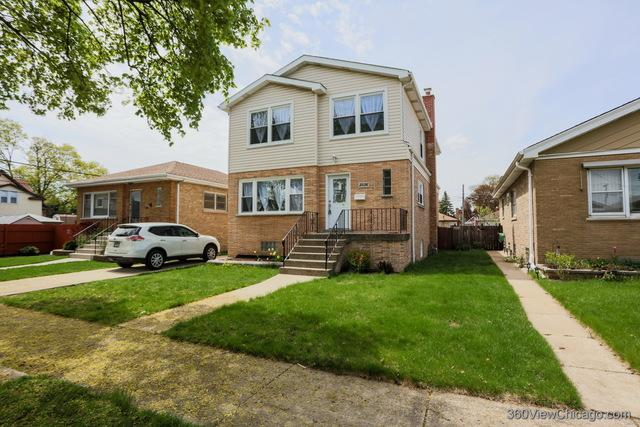 3836 Clarence Avenue, Berwyn, IL 60402 (MLS #10388802) :: Berkshire Hathaway HomeServices Snyder Real Estate