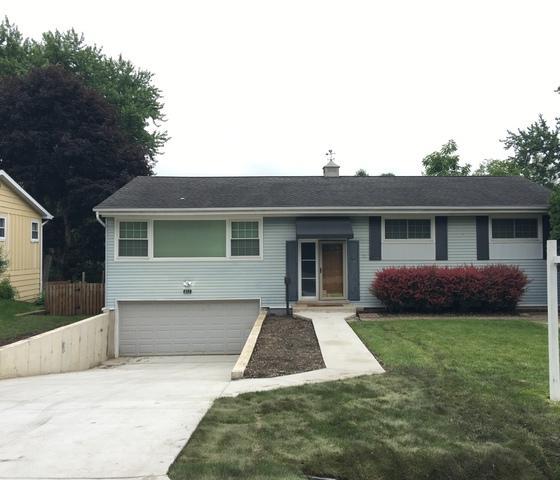 811 Skyline Drive, Barrington, IL 60010 (MLS #10388827) :: Berkshire Hathaway HomeServices Snyder Real Estate