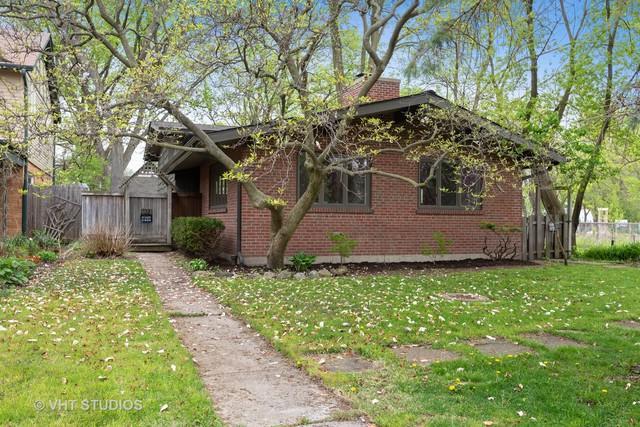 2221 Simpson Street, Evanston, IL 60201 (MLS #10388929) :: Berkshire Hathaway HomeServices Snyder Real Estate