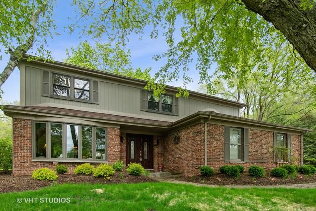 105 Medinah Lane, Barrington, IL 60010 (MLS #10388935) :: Berkshire Hathaway HomeServices Snyder Real Estate