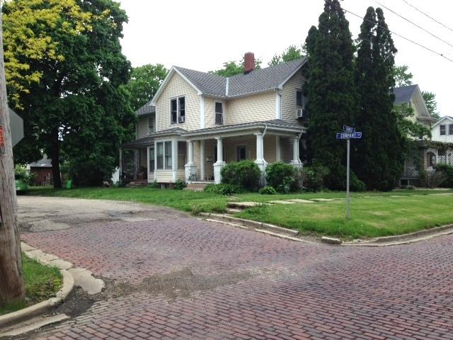 224 S Church Street, Princeton, IL 61356 (MLS #10389065) :: Berkshire Hathaway HomeServices Snyder Real Estate