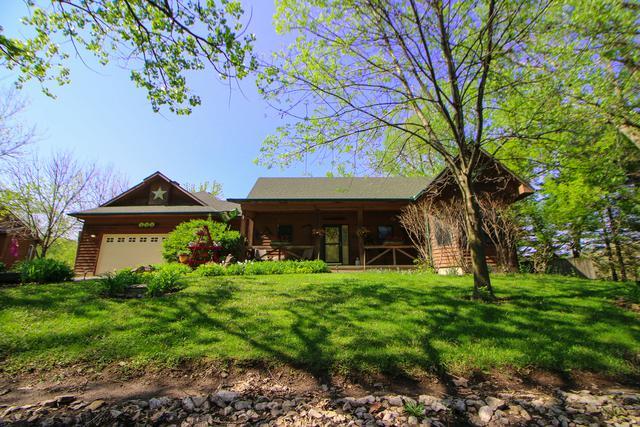 404 Birch Lane, Dixon, IL 61021 (MLS #10389102) :: Berkshire Hathaway HomeServices Snyder Real Estate