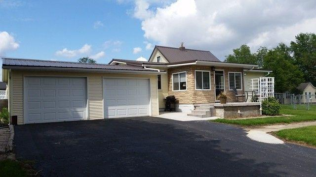 539 S Church Street, Sheffield, IL 61361 (MLS #10389116) :: Angela Walker Homes Real Estate Group