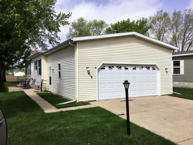 416 Club Circle, Belvidere, IL 61008 (MLS #10389123) :: Berkshire Hathaway HomeServices Snyder Real Estate