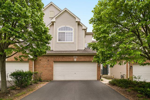 1881 Maureen Drive, Hoffman Estates, IL 60192 (MLS #10389149) :: Berkshire Hathaway HomeServices Snyder Real Estate