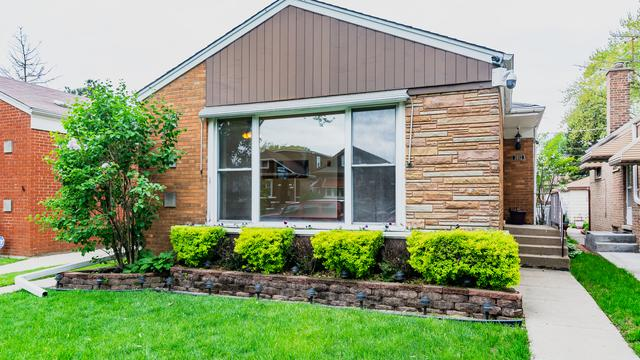 3802 Highland Avenue, Berwyn, IL 60402 (MLS #10389201) :: Berkshire Hathaway HomeServices Snyder Real Estate