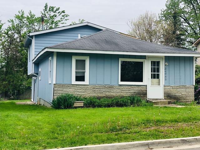 24655 W Passavant Avenue, Round Lake, IL 60073 (MLS #10389254) :: Baz Realty Network | Keller Williams Elite