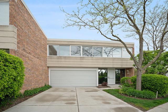 170 Wellington Road, Northbrook, IL 60062 (MLS #10389347) :: Berkshire Hathaway HomeServices Snyder Real Estate