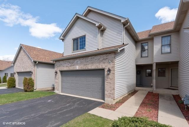137 Fawn Lane, Elgin, IL 60120 (MLS #10389395) :: Berkshire Hathaway HomeServices Snyder Real Estate