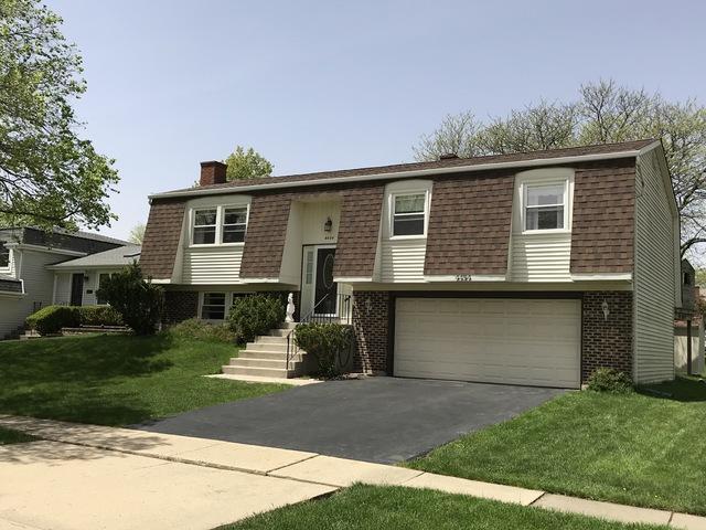 4454 Mumford Drive, Hoffman Estates, IL 60192 (MLS #10389475) :: Berkshire Hathaway HomeServices Snyder Real Estate