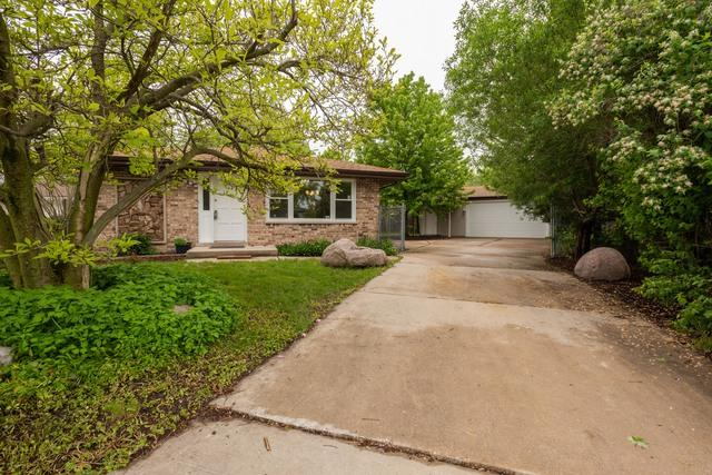 5425 Janet Court, Oak Forest, IL 60452 (MLS #10389478) :: Berkshire Hathaway HomeServices Snyder Real Estate