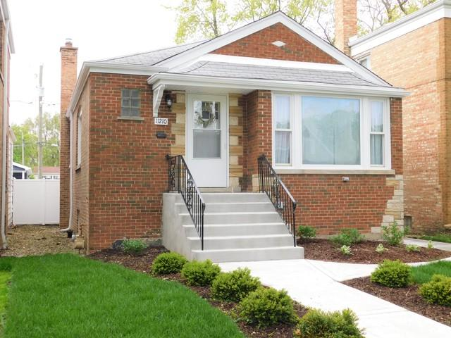 11210 S Maplewood Avenue, Chicago, IL 60655 (MLS #10389566) :: Berkshire Hathaway HomeServices Snyder Real Estate