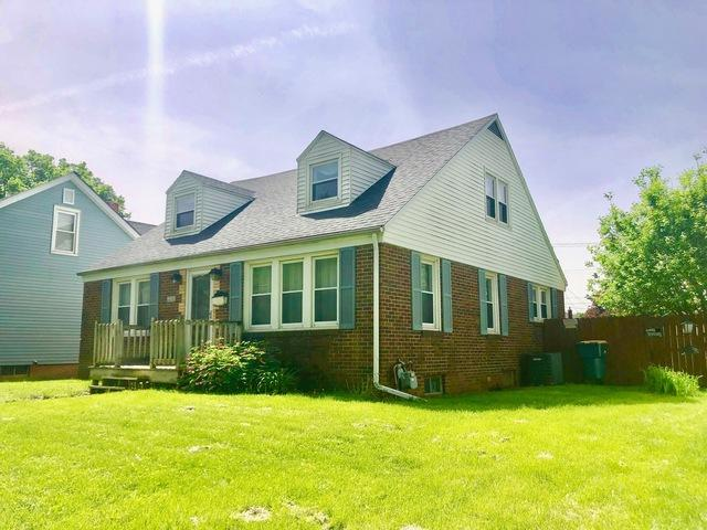1103 E Hickory Street, Streator, IL 61364 (MLS #10389575) :: Berkshire Hathaway HomeServices Snyder Real Estate