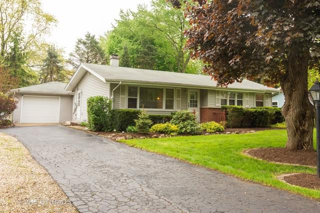 2210 Theda Lane, Rolling Meadows, IL 60008 (MLS #10389688) :: Berkshire Hathaway HomeServices Snyder Real Estate