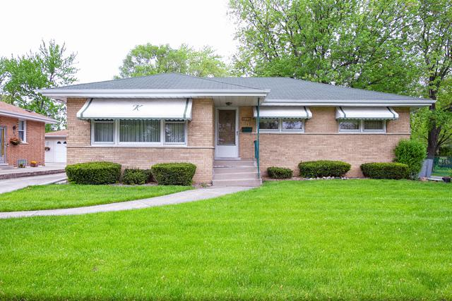 912 E 165TH Street, South Holland, IL 60473 (MLS #10389744) :: Berkshire Hathaway HomeServices Snyder Real Estate