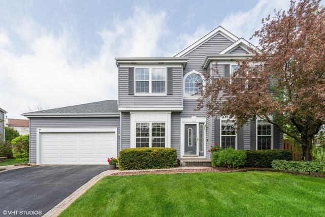 7 Carl Court, Lake In The Hills, IL 60156 (MLS #10389781) :: Berkshire Hathaway HomeServices Snyder Real Estate