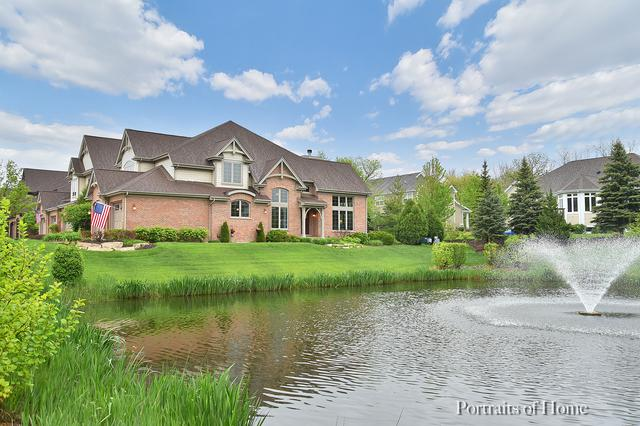 2001 Mackenzie Place, Wheaton, IL 60187 (MLS #10390012) :: Berkshire Hathaway HomeServices Snyder Real Estate