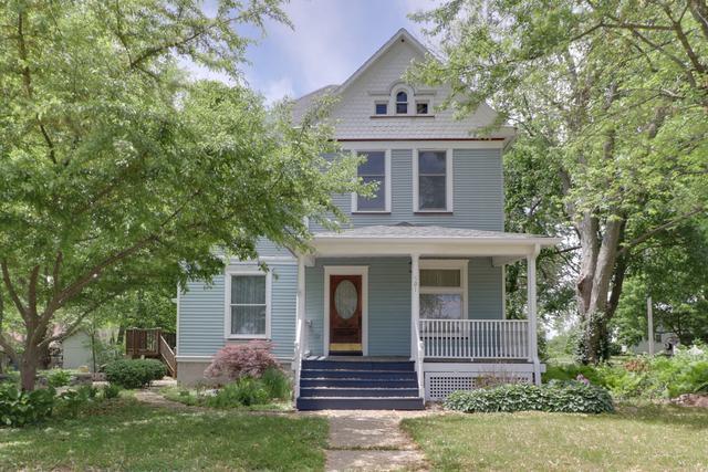 501 S Isham Street, Waynesville, IL 61778 (MLS #10390073) :: Berkshire Hathaway HomeServices Snyder Real Estate