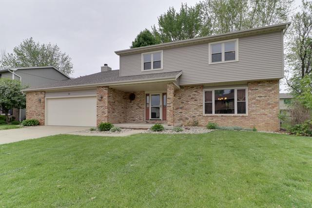 31 Gloucester Circle, Bloomington, IL 61704 (MLS #10390157) :: Berkshire Hathaway HomeServices Snyder Real Estate