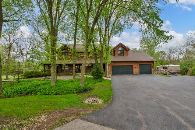 4501 Hillside Court, Crystal Lake, IL 60012 (MLS #10390192) :: Lewke Partners