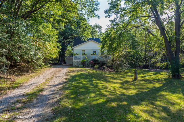 21233 S Hillside Road, Frankfort, IL 60423 (MLS #10390351) :: Berkshire Hathaway HomeServices Snyder Real Estate