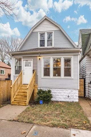 7953 S Saginaw Avenue, Chicago, IL 60617 (MLS #10390479) :: Berkshire Hathaway HomeServices Snyder Real Estate