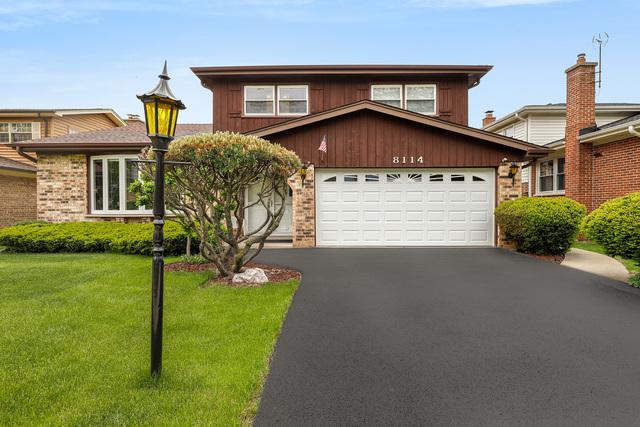 8114 Marmora Avenue, Morton Grove, IL 60053 (MLS #10390548) :: Berkshire Hathaway HomeServices Snyder Real Estate