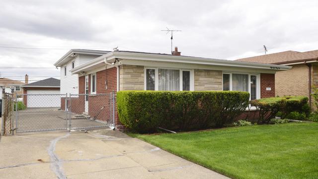 5831 Warren Street, Morton Grove, IL 60053 (MLS #10390698) :: Berkshire Hathaway HomeServices Snyder Real Estate