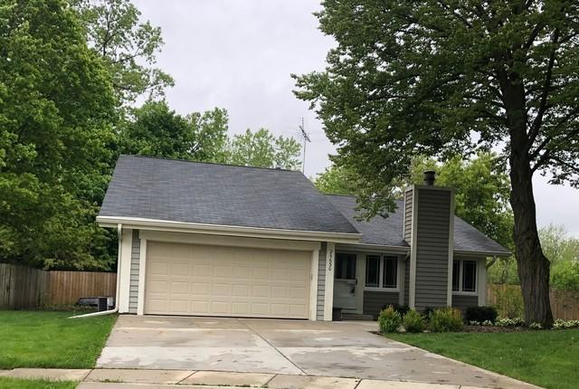 2S650 Angeline Court, Warrenville, IL 60555 (MLS #10390815) :: The Perotti Group | Compass Real Estate