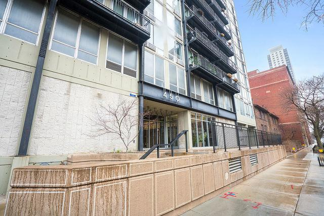450 W Briar Place 5K, Chicago, IL 60657 (MLS #10390857) :: The Perotti Group | Compass Real Estate