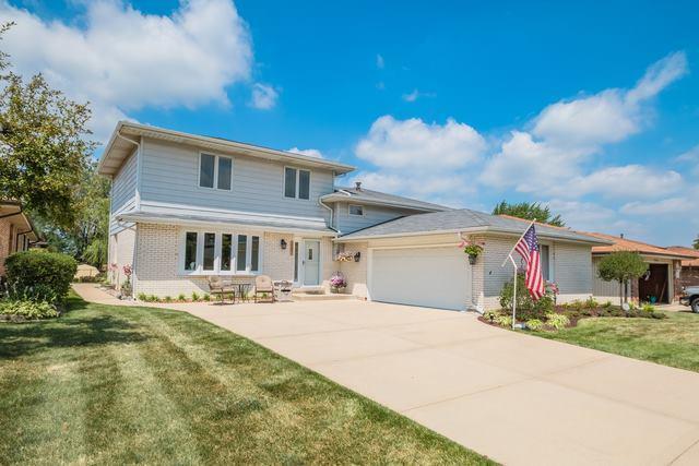 15642 Lockwood Avenue, Oak Forest, IL 60452 (MLS #10390943) :: Berkshire Hathaway HomeServices Snyder Real Estate