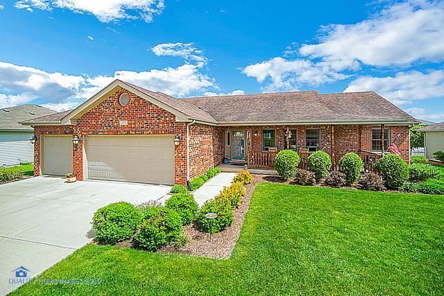 1070 Southcreek Drive, Manteno, IL 60950 (MLS #10391033) :: Touchstone Group