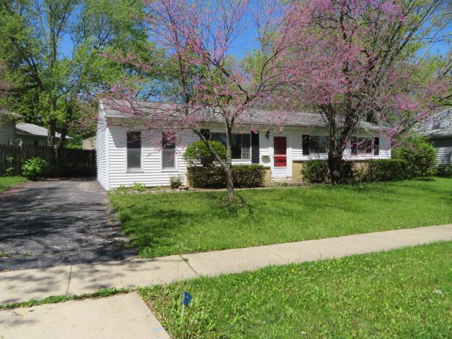372 Cherry Valley Road, Vernon Hills, IL 60061 (MLS #10391057) :: Berkshire Hathaway HomeServices Snyder Real Estate