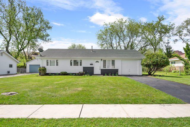 295 Newark Lane, Hoffman Estates, IL 60169 (MLS #10391150) :: Berkshire Hathaway HomeServices Snyder Real Estate