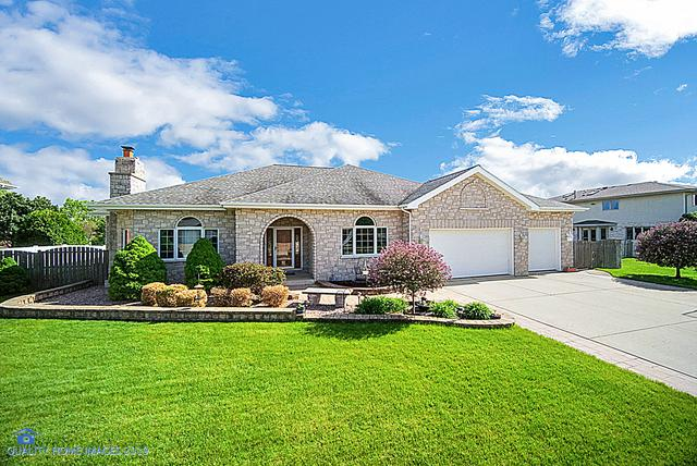 8725 Timbers Pointe Drive, Tinley Park, IL 60487 (MLS #10391209) :: Berkshire Hathaway HomeServices Snyder Real Estate