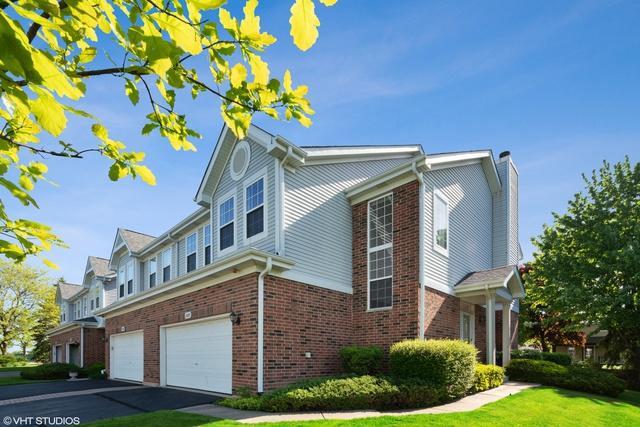 7209 Chestnut Hills Drive, Burr Ridge, IL 60527 (MLS #10391463) :: Berkshire Hathaway HomeServices Snyder Real Estate