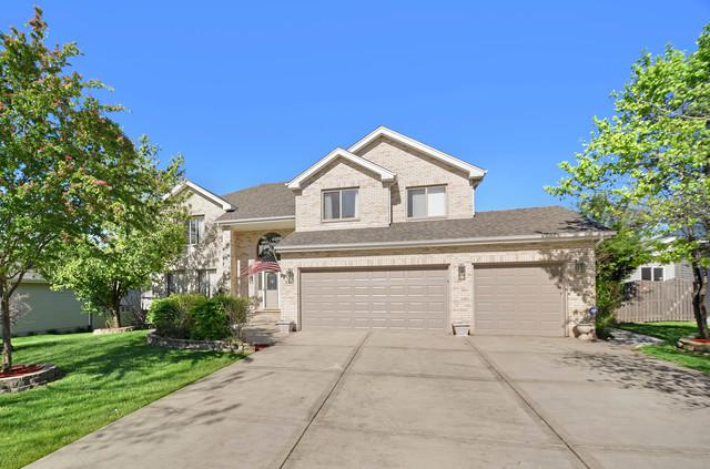 626 Superior Drive, Romeoville, IL 60446 (MLS #10391488) :: Berkshire Hathaway HomeServices Snyder Real Estate