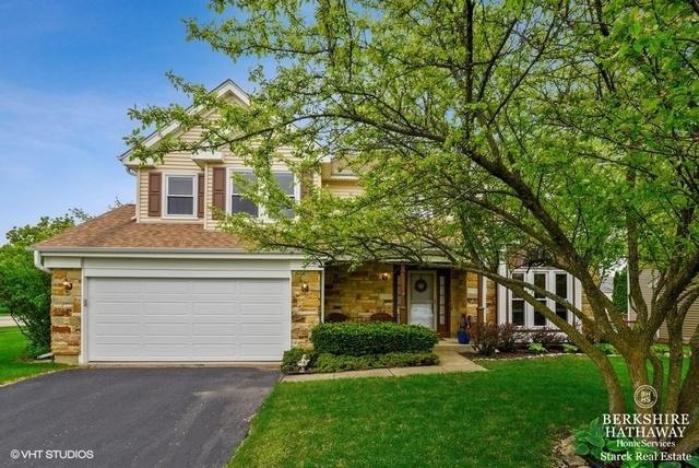 1719 Hartford Lane, Crystal Lake, IL 60014 (MLS #10391618) :: Berkshire Hathaway HomeServices Snyder Real Estate