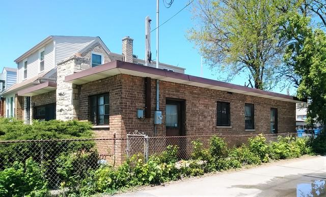 4814 W Wellington Avenue, Chicago, IL 60641 (MLS #10391645) :: Berkshire Hathaway HomeServices Snyder Real Estate