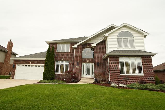 9030 Redcastle Drive, Tinley Park, IL 60487 (MLS #10391676) :: Baz Realty Network | Keller Williams Elite