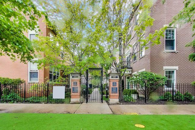 220 W Scott Street E, Chicago, IL 60610 (MLS #10391688) :: Berkshire Hathaway HomeServices Snyder Real Estate