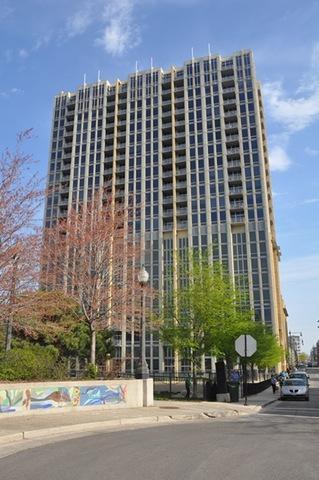 700 N Larrabee Street #812, Chicago, IL 60654 (MLS #10391705) :: Berkshire Hathaway HomeServices Snyder Real Estate