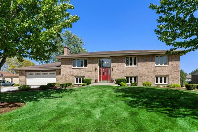 341 Martin Lane, Bloomingdale, IL 60108 (MLS #10391706) :: Berkshire Hathaway HomeServices Snyder Real Estate